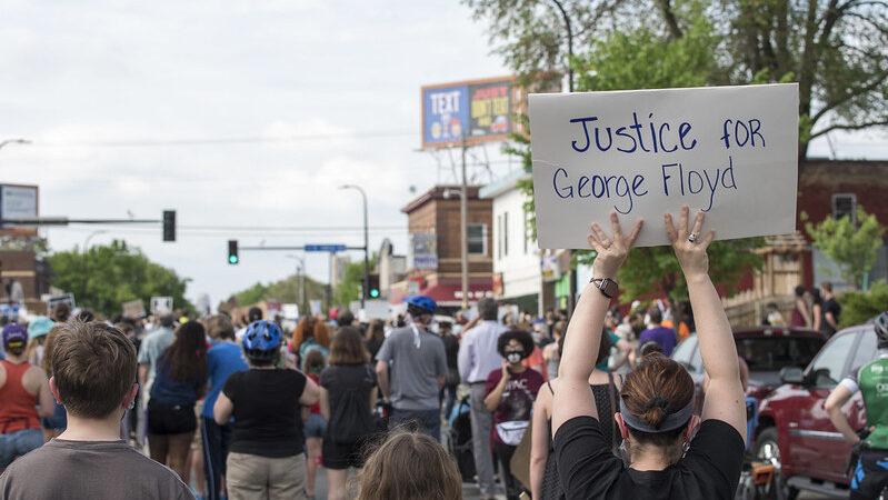 »Ich kann nicht atmen« Afroamerikaner stirbt nach brutaler Festnahme in den USA