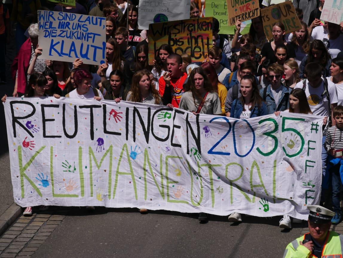 Fridays For Future plant Straßenblockade auf der Karlstraße